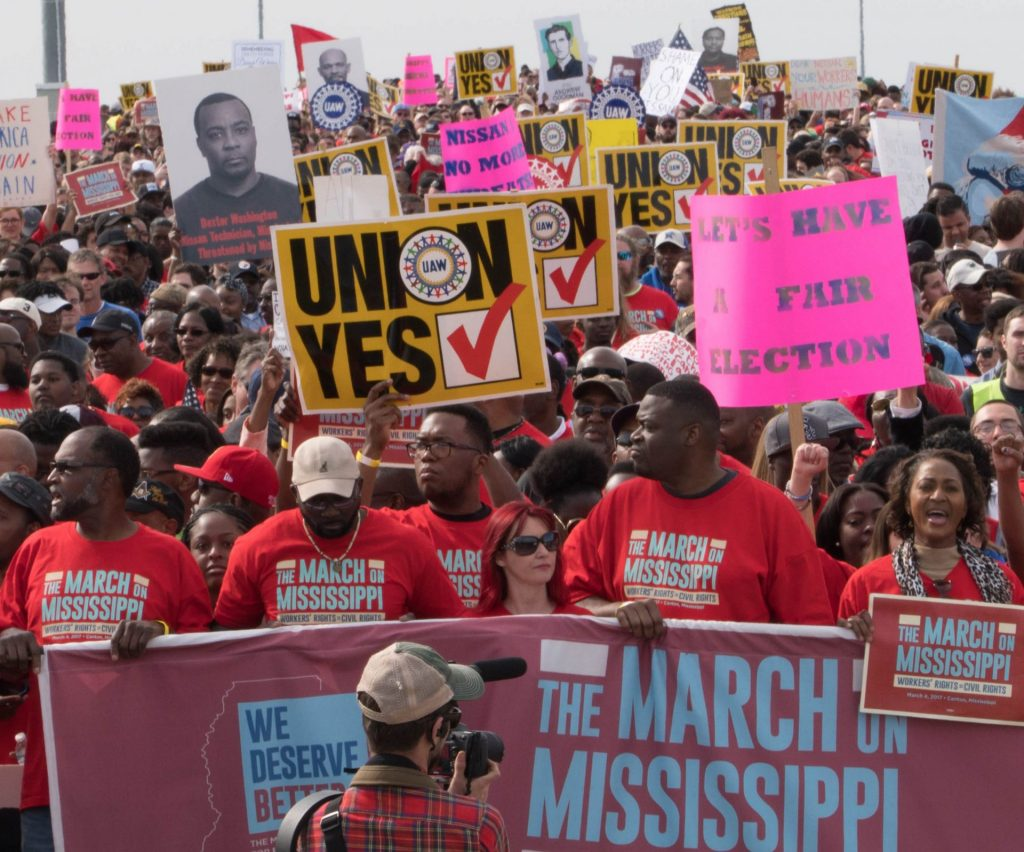 Take Action: Respect Workers' Freedom to Collectively Bargain