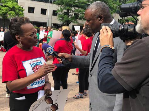 Washington Teachers' Union President Elizabeth Davis Passes